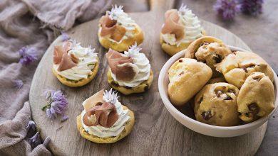 Photo de Gougères fromagères au jambon cru Aoste et crème montée à la ricotta