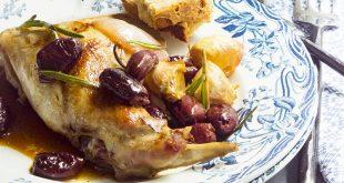 Lapin rôti à la maltaise aux olives, au romarin et à l'ail