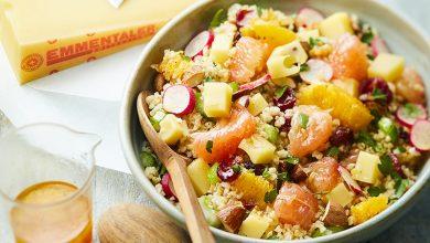 Photo de Salade de boulgour, suprêmes d'agrumes, dés de céleri, radis roses, dés d'Emmentaler® AOP Suisse