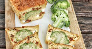 Cake brocoli feta et tomates confites
