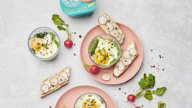 Photo de Œufs cocottes aux fanes de radis et leurs tartines au fromage à tartiner Les 300&Bio
