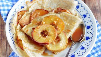 Photo de Crêpes aux pommes et au caramel salé