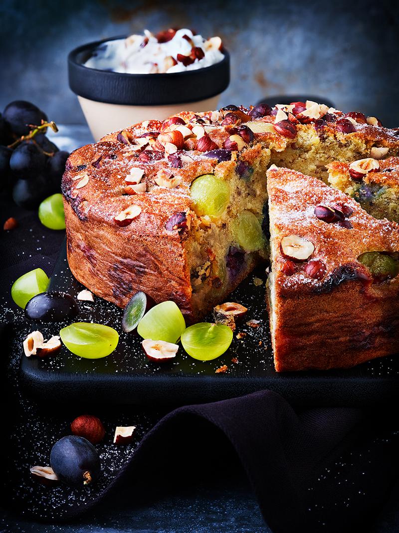 Gâteau d'automne raisins noisettes