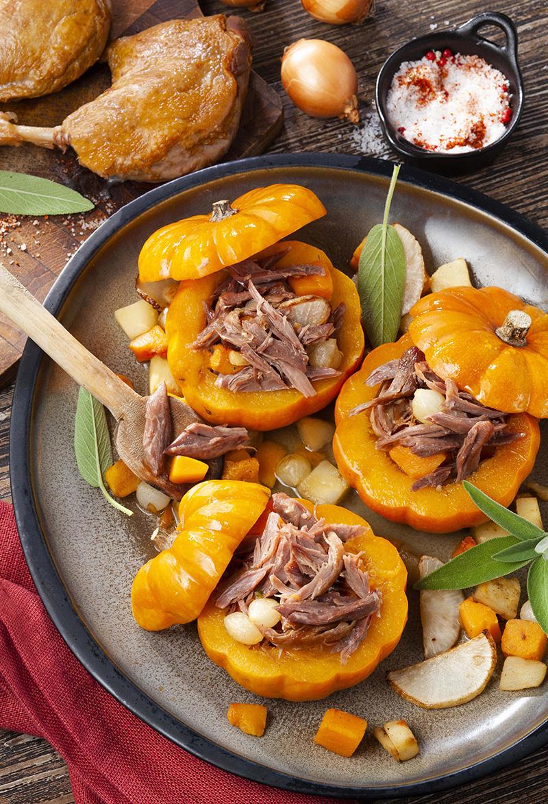 Mini-potirons farcis au Confit de canard effiloché légumes d'automne