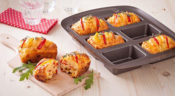 Pyrex® présente les derniers nés de la gamme asimetriA : le moule à mini cakes !